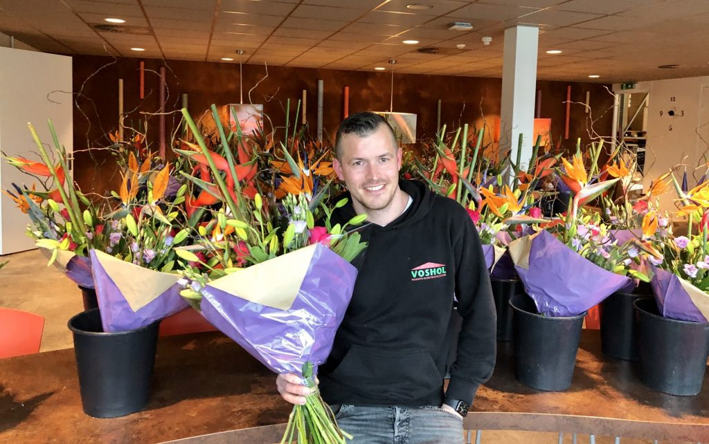 bloemen voor personeel voshol
